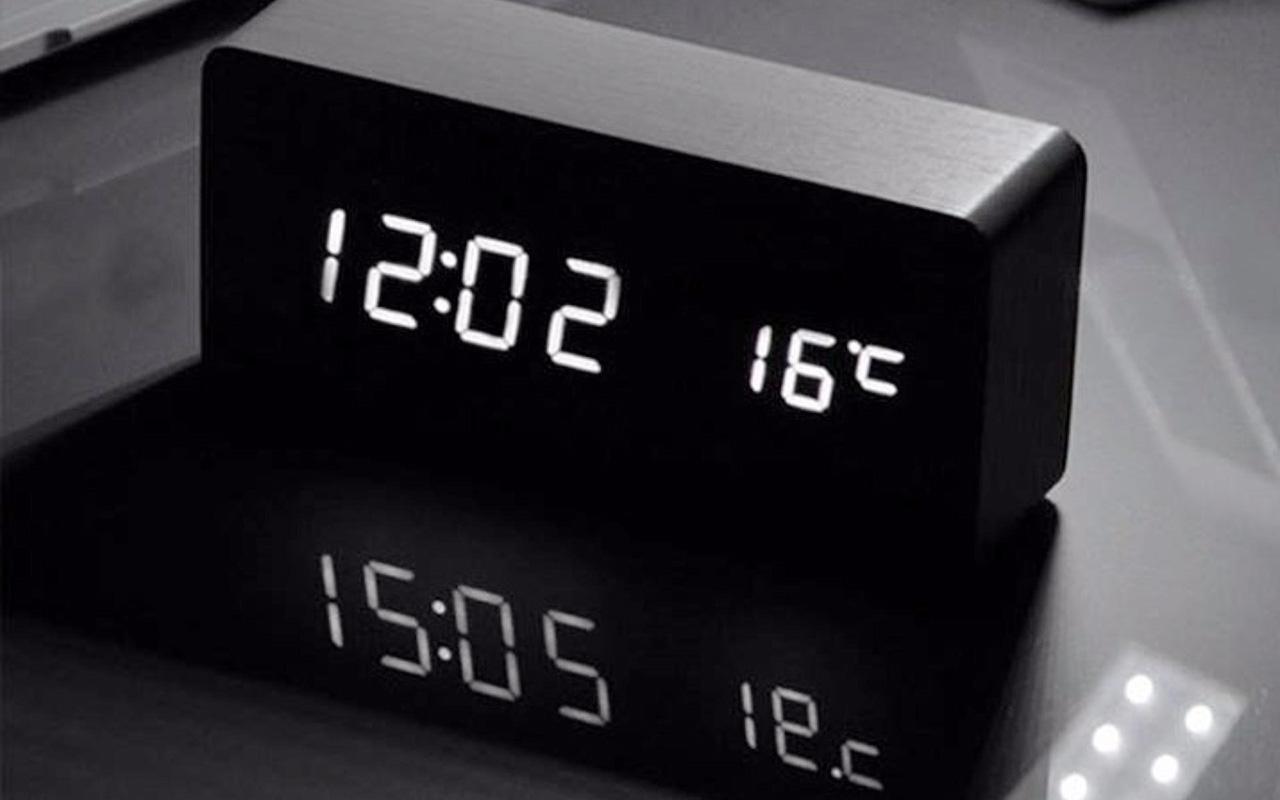 nên mua đồng hồ báo thức thông minh loại nào tốt