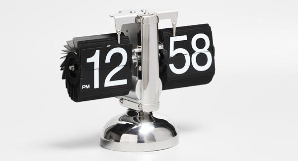 Đồng hồ để bàn kiểu lá lật