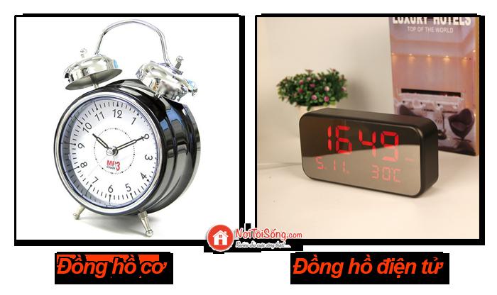 nên mua đồng hồ báo thức điện tử hay đồng hồ cơ