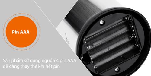 bình đựng xà phòng cảm ứng dùng pin gì