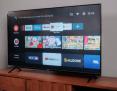 """Tivi Vsmart 55KE8500 – 55"""" có hỗ trợ tìm kiếm gọng nói bằng Google Assistant"""
