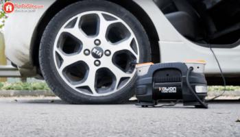 Top 5 máy bơm lốp ô tô mini cầm tay (nên dùng 2021)
